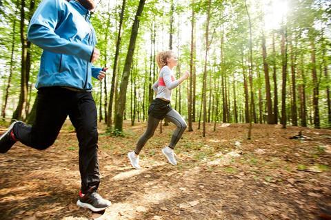 Готовимся к сезону пробежек: одежда для бега летом