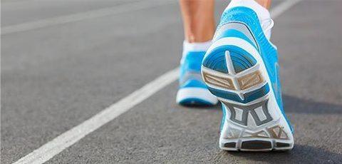 Сколько пар кроссовок должно быть у бегуна?