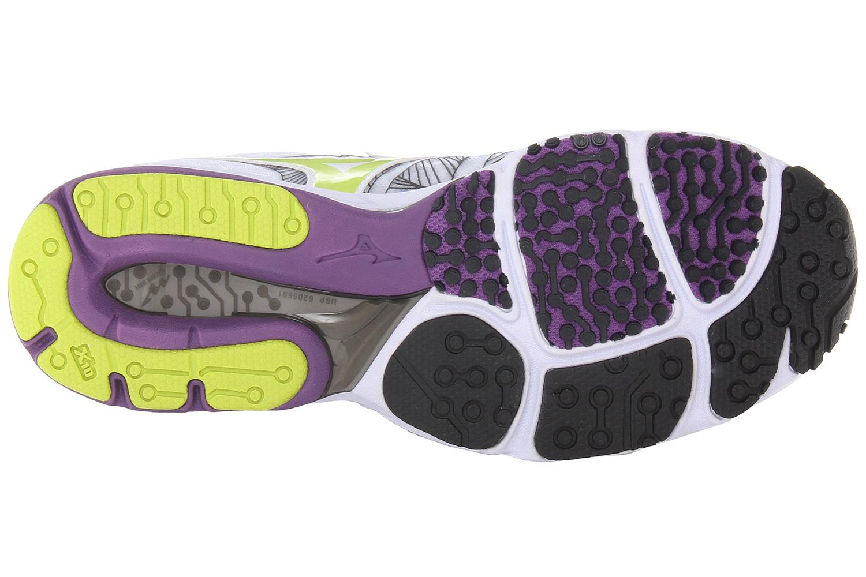 Кроссовки для бега  Mizuno Wave Sayonara мужские