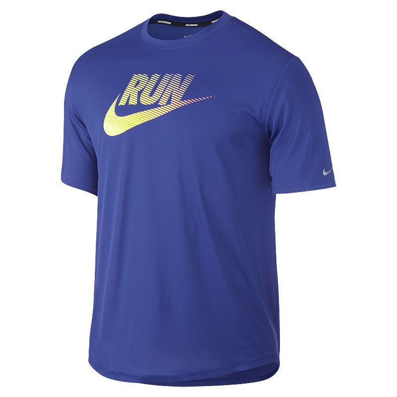 Футболка Nike Legend Run Swoosh Tee голубая